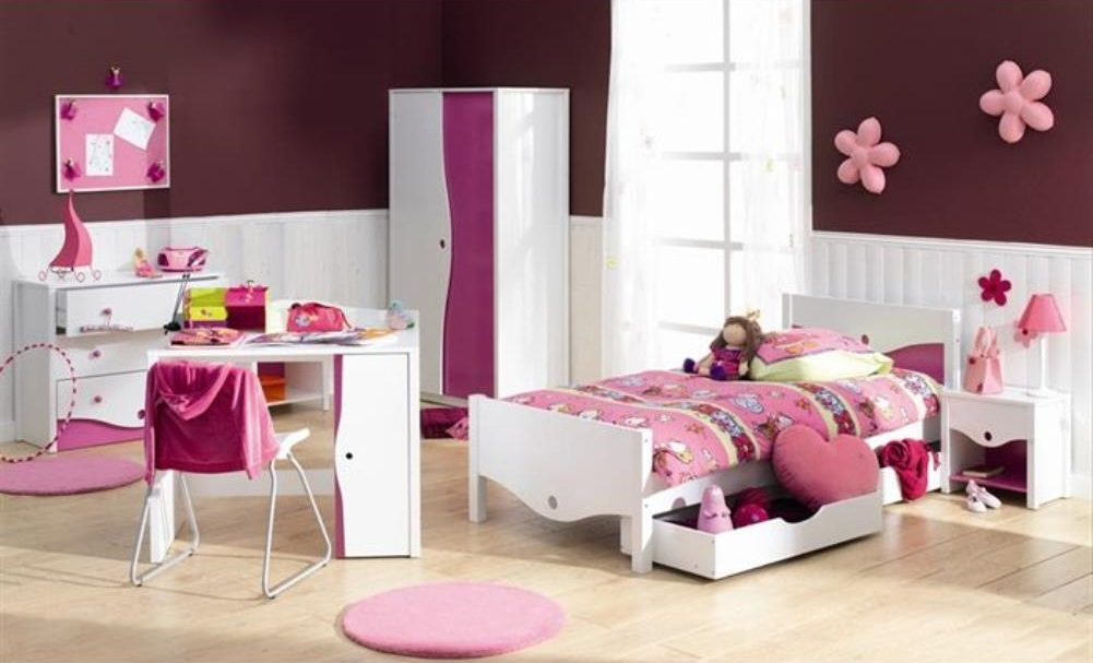Galer a de im genes decoraci n de habitaciones infantiles - Habitacion pequena nina ...